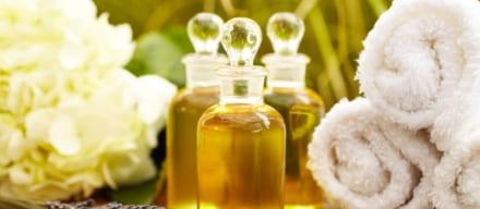 口コミや評判からわかるアテニア スキンクリア クレンズ オイルの特徴や効果!年齢肌に人気の理由