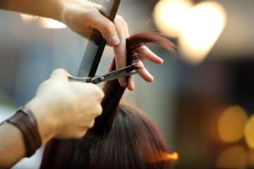 白髪染め美容院おすすめ人気ランキング7選!さまざまな工夫をみてみよう