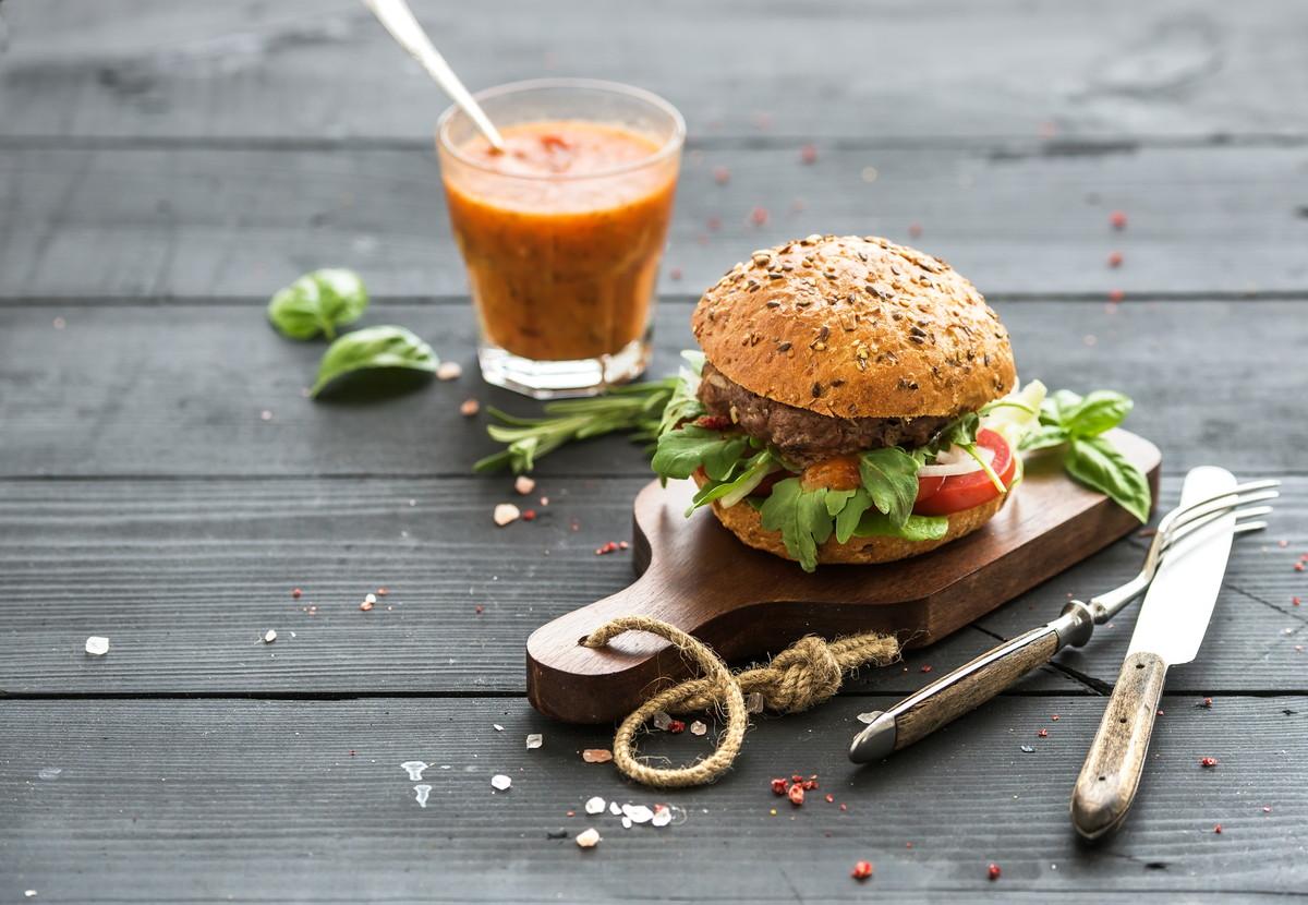 糖質制限中でも美味しく外食。低糖質で楽しく食事ができるレストラン