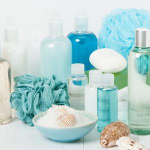 50代におすすめ化粧水人気ランキング10選!みずみずしい肌をたもつには