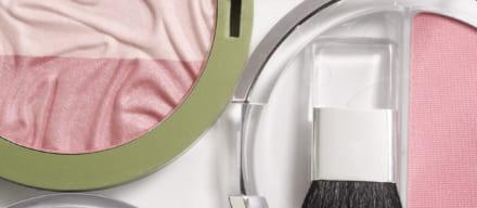まつげをバサバサにする方法で目力アップ。一手間加え印象的な瞳に