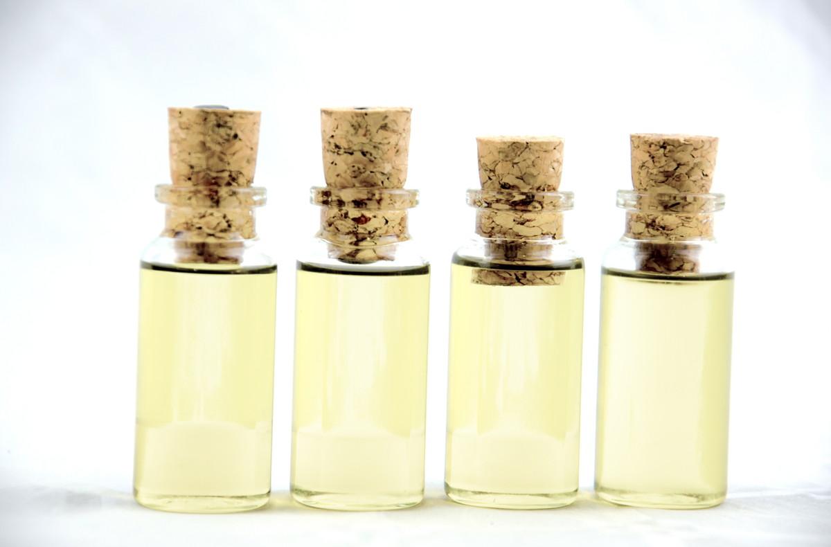 混合肌に効果的な化粧水は?混合肌の原因や効果のある化粧水を知ろう
