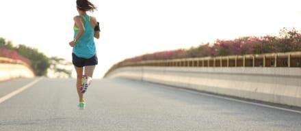 ランニングは呼吸法がポイント。苦しいから楽しい気持ちいいに