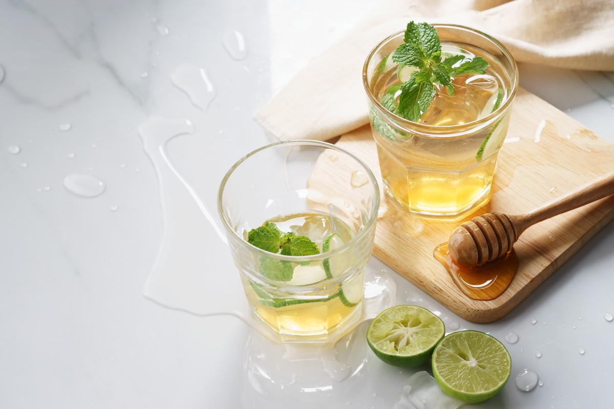 脂肪燃焼に「お茶」の力が効果的。美と健康を手に入れる改善方法