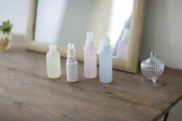 セラミド入り化粧水がツヤ肌に導く。肌の水分を保つその効果とは