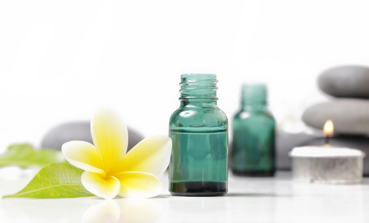 化粧水のおすすめ人気ランキング30選。肌タイプ別の選び方も解説