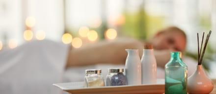 炭酸美容で肌磨き。爽快な使い心地で肌の透明感を高めましょう。