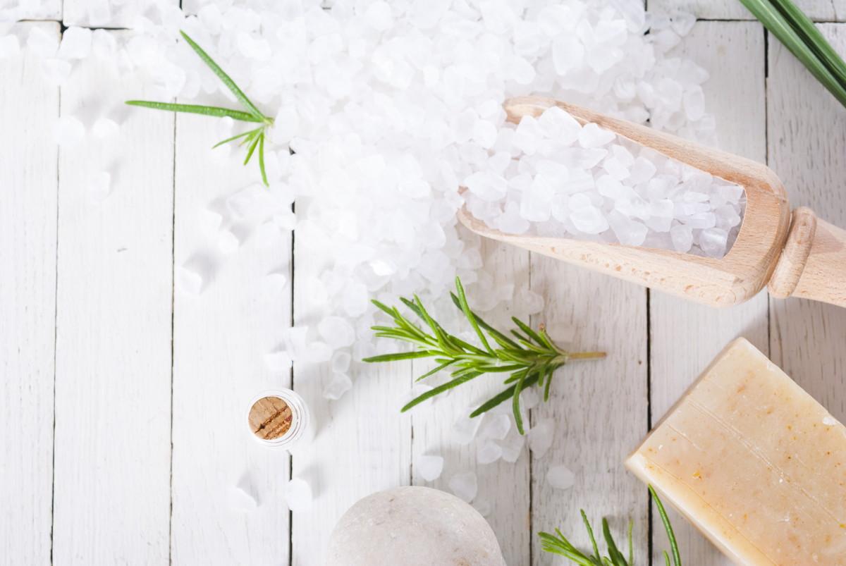 乾燥肌におすすめの化粧水人気ランキング14選。保湿に導く化粧水とは?