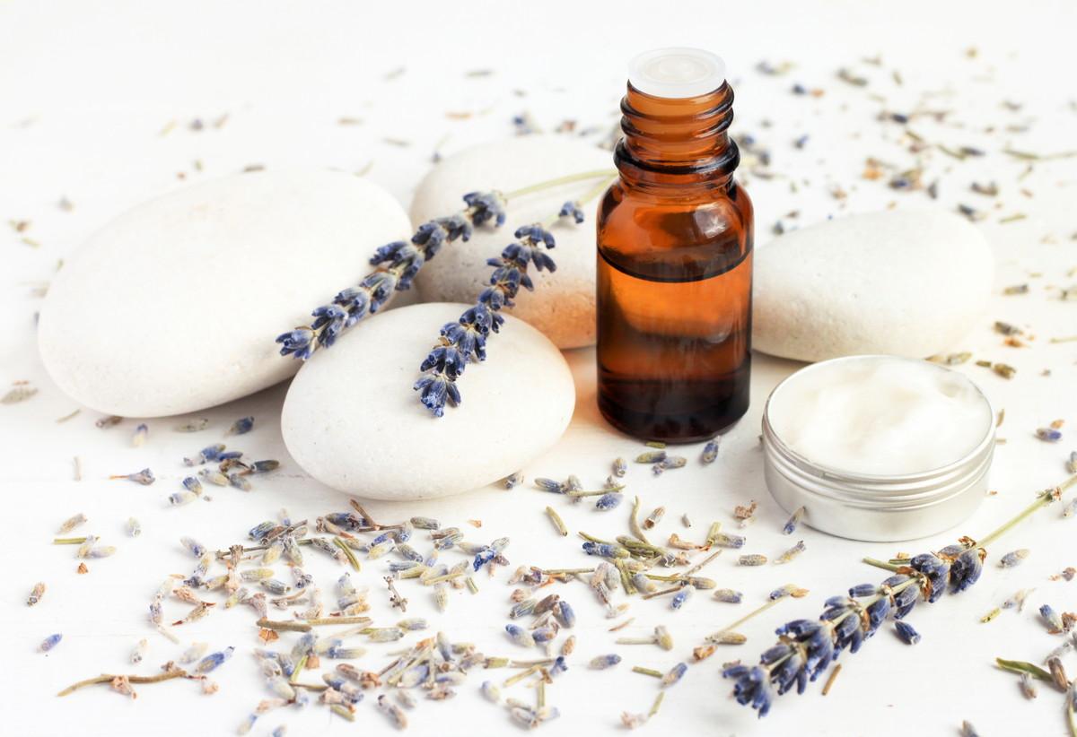 ニキビ用洗顔料のおすすめ人気ランキング18選!肌質に合わせた洗顔料の選び方