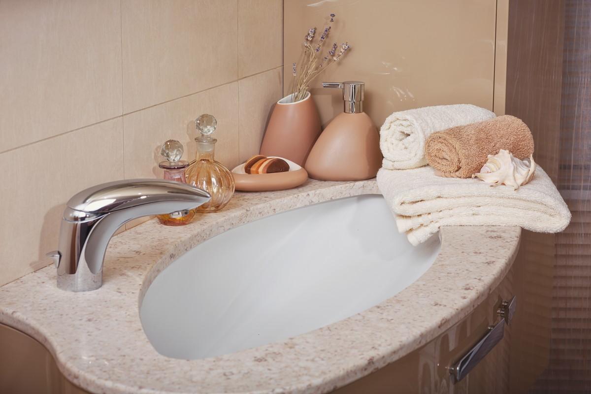 洗顔シートでお肌サラサラ。時短で場所を選ばない肌洗浄