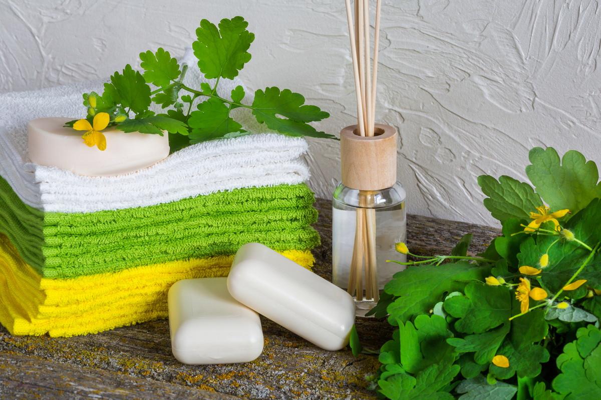 敏感肌におすすめ。肌に優しく美肌を叶える化粧水の選び方と使い方