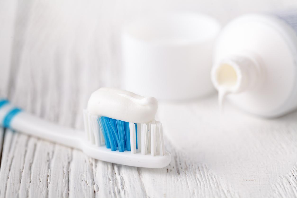 ホワイトニングおすすめ人気ランキング10選。白く健康な歯を自宅で手に入れる