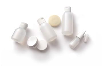 20代の肌トラブル対策はスキンケアが大事!おすすめ化粧水10選