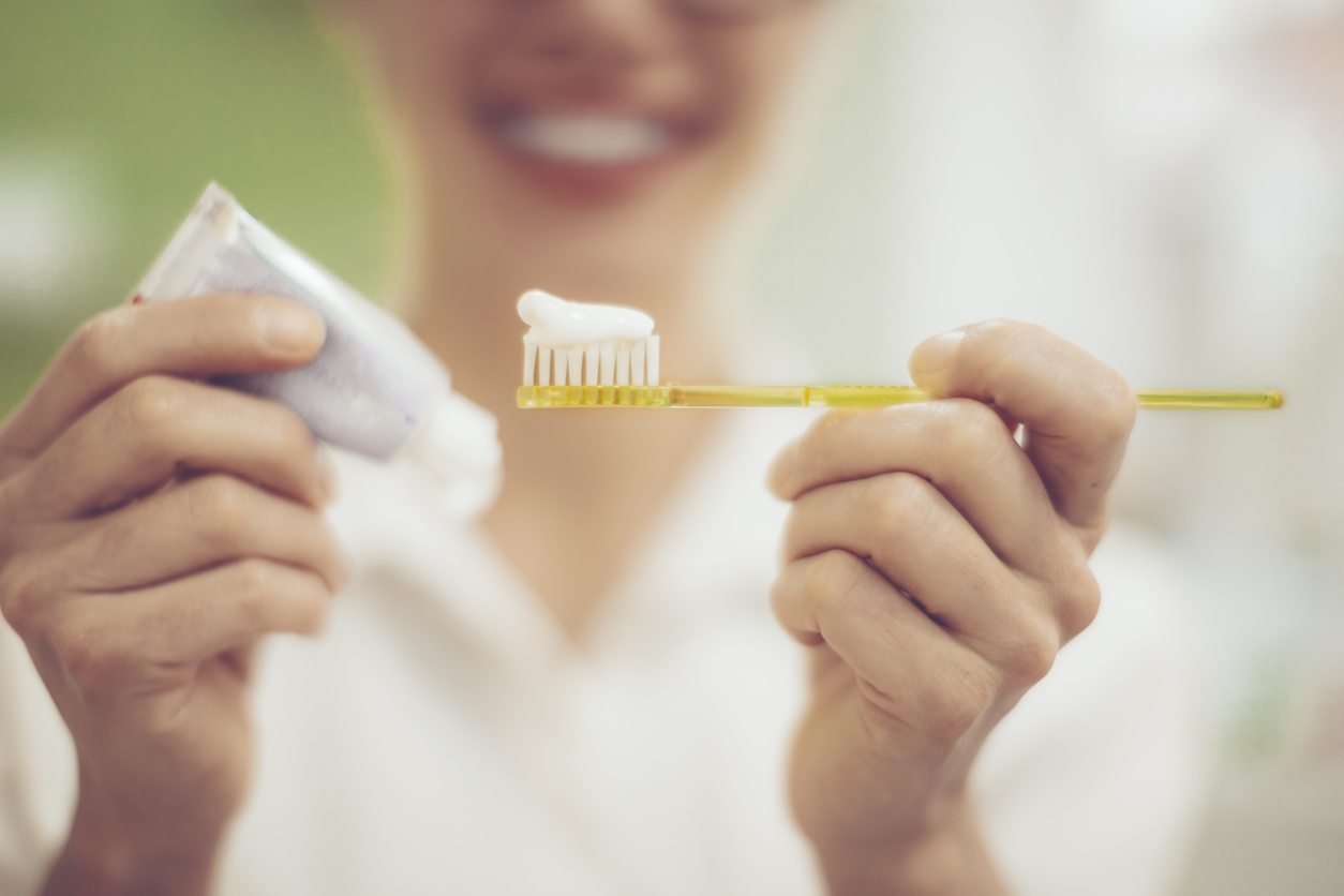 オーラルケアおすすめ人気ランキング10選。白くて健康的な歯になる正しい方法とは