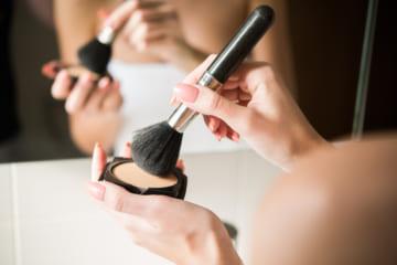 艶肌が作れるおすすめルースパウダーBEST10|肌質感コントロールで憧れの艶肌を実現しよう