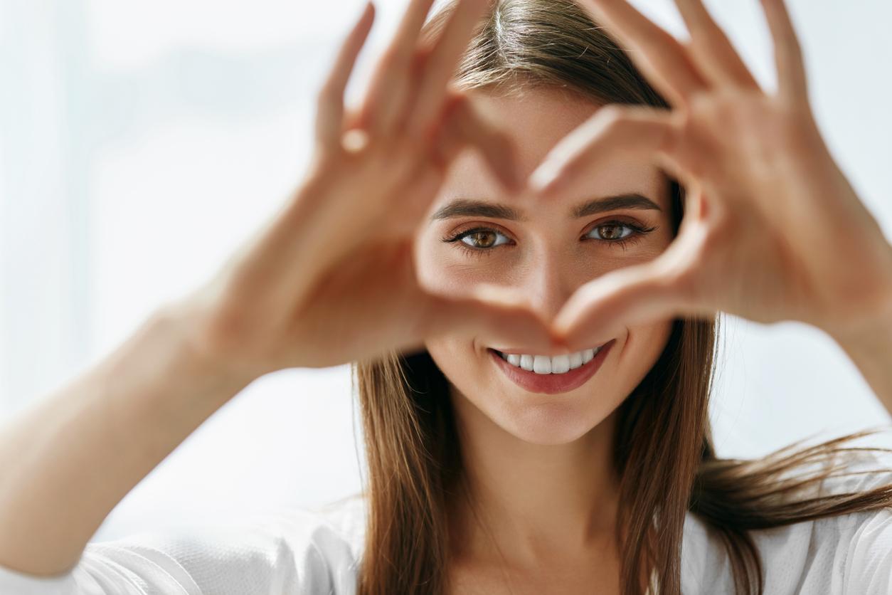 目元の乾燥に効く美容液おすすめ人気ランキング5選。潤いレベルが高いアイクリームの条件とは?