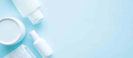 敏感肌のニキビケアおすすめ人気ランキング10選。刺激を与えずアクネ菌から守る安心アイテムとは