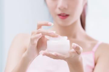 おすすめのセラミドクリーム10選。乾燥・皮膚トラブル・エイジングケアに大活躍のアイテムとは