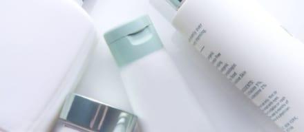 化粧水と乳液のおすすめ人気ランキング10選。大人の女性の肌を美しく健やかに